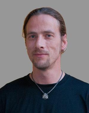 Porträt des Trainers für Selbstverteidigung und Eskrima Dirk Dusedeau